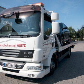 Fahrzeug für den Hol- und Bringservice der Autolackiererei Wirtz in Hamm.